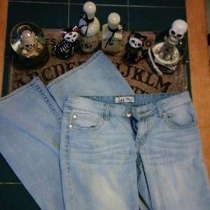LEI Light Colored Flare Jeans